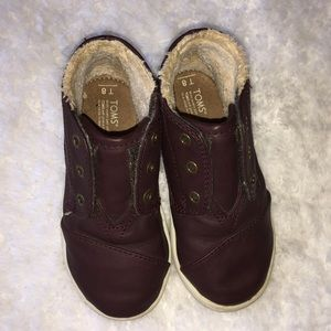 Toddler Boys TOMS High Top Shoes Size 8.